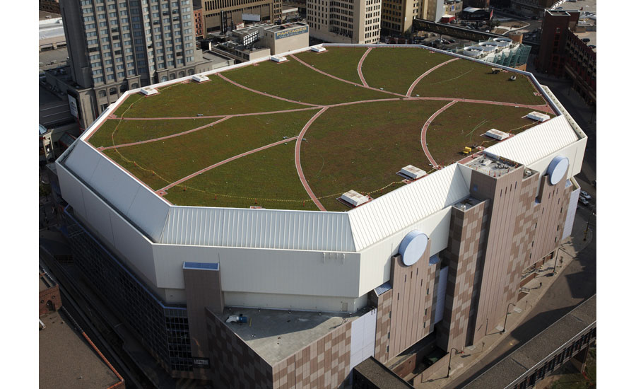 Product Focus Vegetative Systems 2015 03 30 Roofing