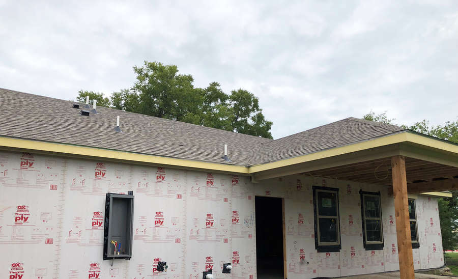 Tamko Donates Roof For Veterans Service Dog Project 2018