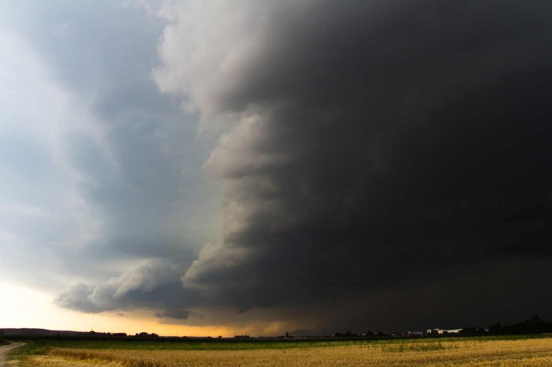 nature-storm-season