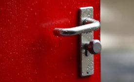 door-handle-covid-19