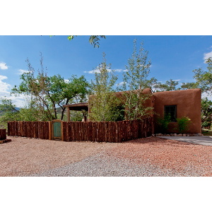 Santa Fe Home with Super Insulation